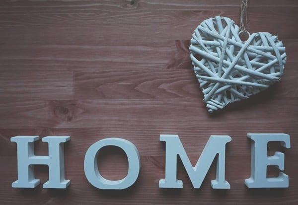 Tornare a casa… ma è come non esserci.