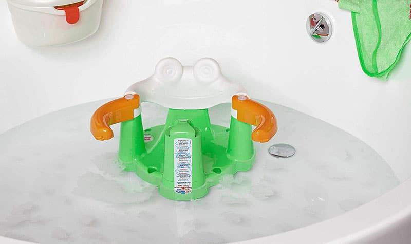 come scegliere i seggiolini da bagno per neonati